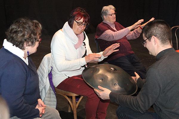 Stage de percussions corporelles avec Ludovic Prével pour la Compagnie du Hasard et l'Association Etincelles